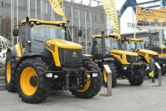 Agrotech 2019 JCB traktory